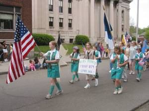 Girl-Scouts-Troop